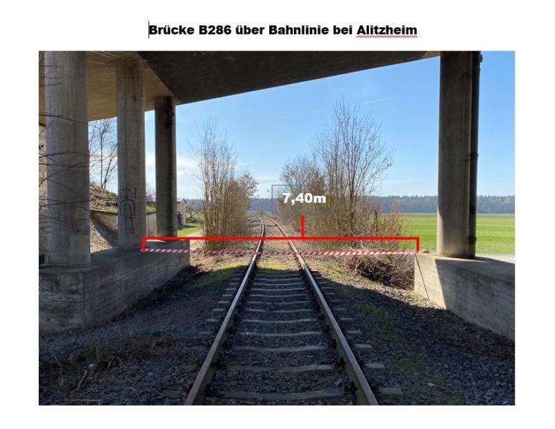 Brücke der B286 über die Bahnlinie bei Alitzheim mit einer Breite von 7,40 m. Foto: BUND Naturschutz in Bayern (BN), Edo Günther