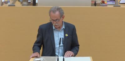 MdL Paul Knoblach während seiner Rede zum Zuckerrübenanbau in Bayern